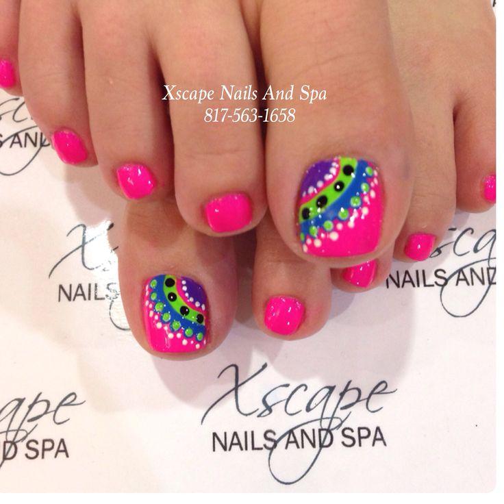 - Cheerful Summer Toe Nails