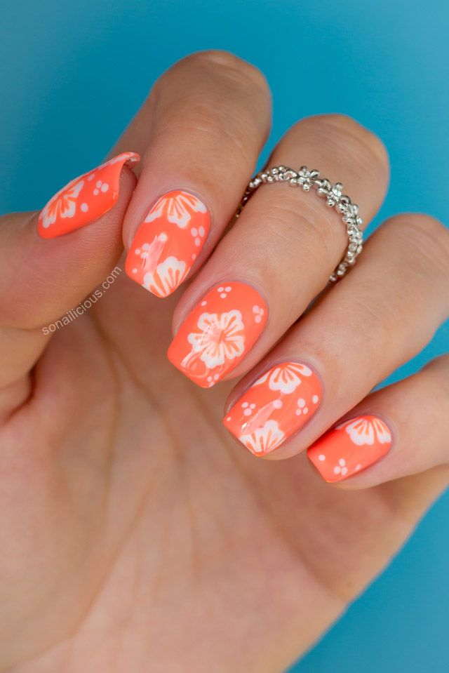 Hawaii nail art – vibrant hibiscus flower - Hawaii Nail Art - Vibrant Hibiscus Flower