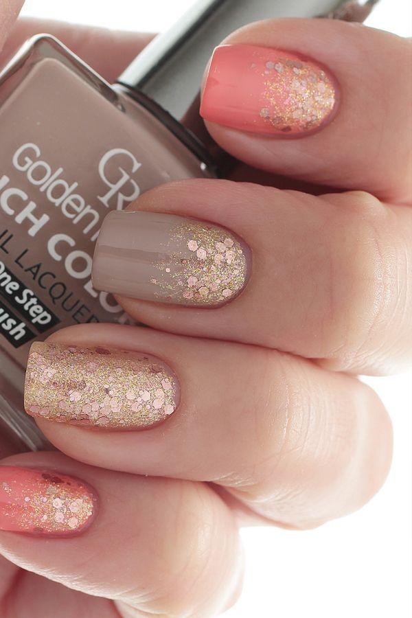 Gorgeous Gold Glitter Nail Art