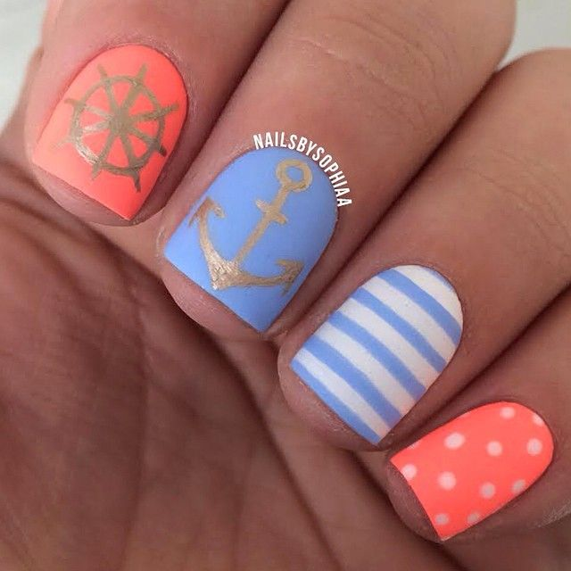 Maritime nails with steering anchor stripes and polk dots prinsesfo Gallery