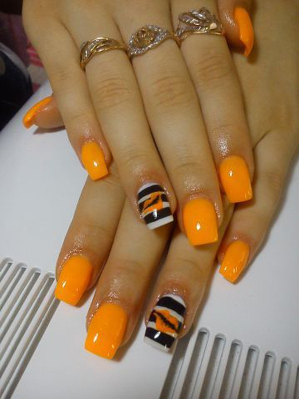 Orange dream nails with black and white stripes prinsesfo Choice Image