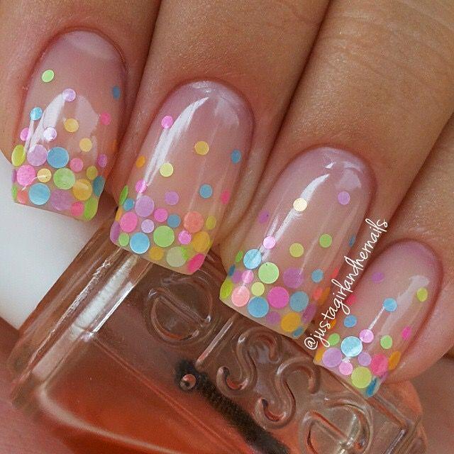 30 Best polka dots nail art ideas