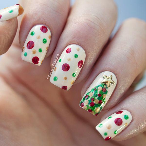 Polka dots Christmas tree nail art