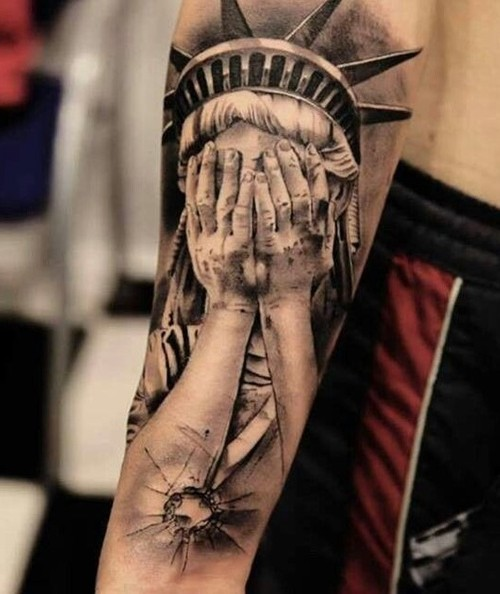 The Statue of liberty sleeve tattoo