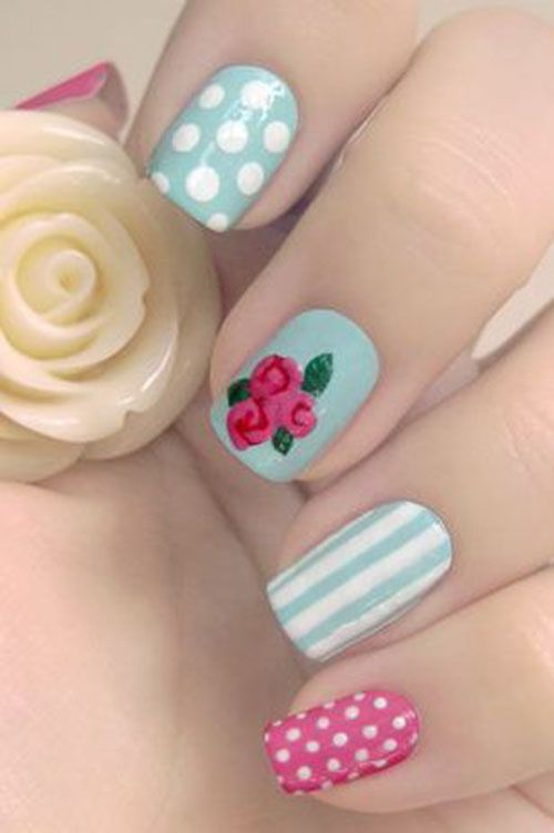 Vintage nails with polka dots, roses and striples