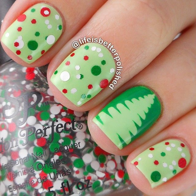 Lovely green themed nails with polka dots and Christmas tree